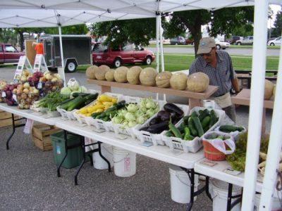 Guldan Family Farm at farmer's market-4